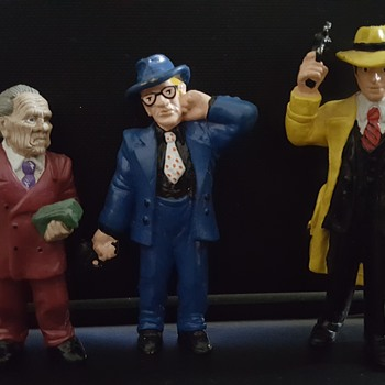 Prune face, Itchy and Dick Tracy  - Toys
