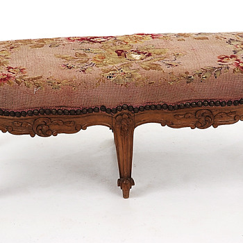 Antique footstool - Furniture