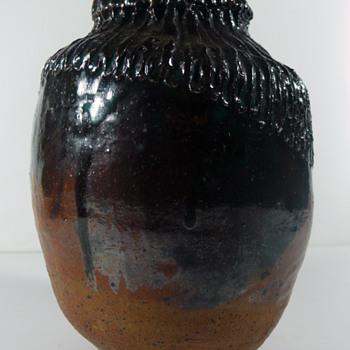 asian? studio pottery vessel - Pottery
