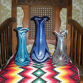 Bohemian Art Nouveau trio. - Art Glass