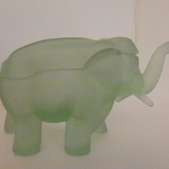 VASELINE / URANIUM GLASS ELEPHANT COVERED CANDY BOWL - Animals