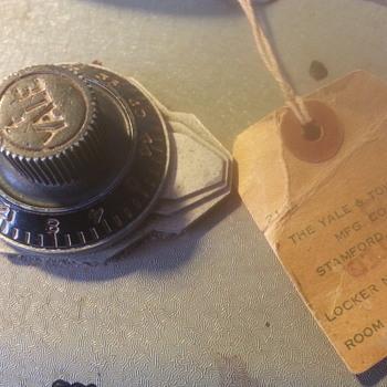 Vintage safe - Office