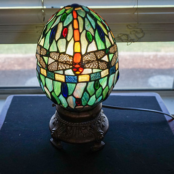 Dragonfly Egg Stained Glass Light - Lamps