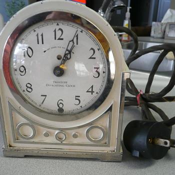 New Haven model #5109 Refridgerator defrost clock - Clocks