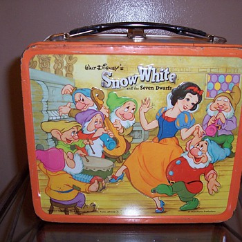 1970's Snow White Metal Lunchbox - Kitchen