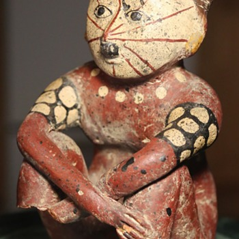 Interesting fake or replica of a Central or South American Indian Figure - Figurines