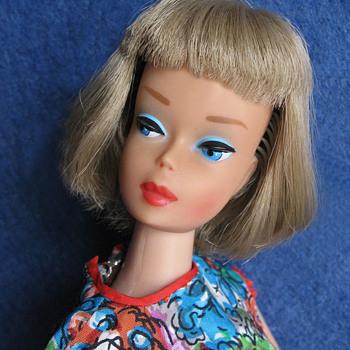 Granny Grey long hair high color face American Girl Batbie - Dolls