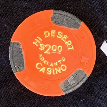 $2 Poker Chip from Hi Desert Casino, Calif. (shut in '97) Paulson TH&C w/ Gold Foil intact - Games