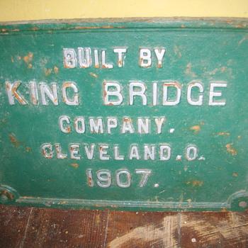 KING BRIDGE  PLATE