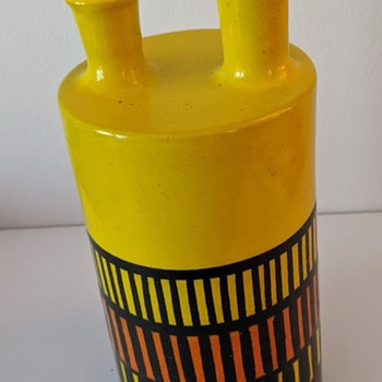 Italian Pottery Vase - a la ETTORE SOTTSASS - Pottery