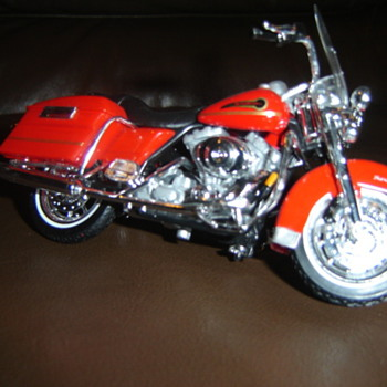 2002 Harley-Davidson RoadKing F.F. Special Edition - Motorcycles