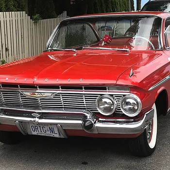 Classic Red cars. - Classic Cars