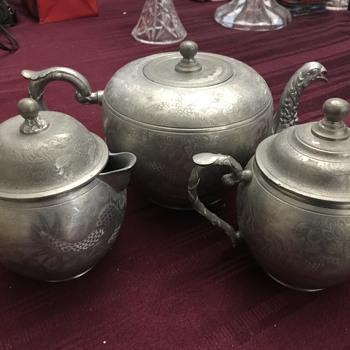 Heung pewter tea set