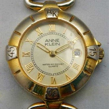 Story about a vintage Anne Klein watch sold at estate auction - is it 2 tone or a worn surface? - Wristwatches