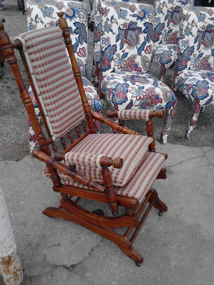 Ordinaire Lincoln Rocking Chair On Wheels U0026 1880 German Bible My First Two Antiques!  | Collectors Weekly