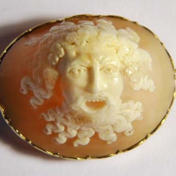 Wonderful full head of Bacchus with teeth
