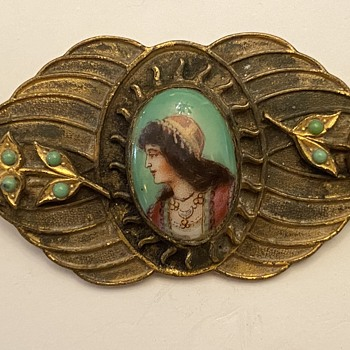 Victorian gold brooch? - Fine Jewelry
