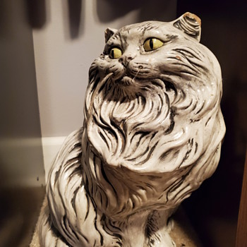 Cat statue from the 60s or 70s - Animals