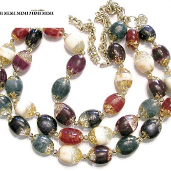 Art Glass Bead Necklace unknown hang tag - Costume Jewelry