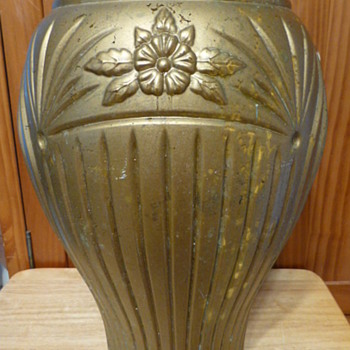 Anchor Hocking large glass urns/vases - Glassware