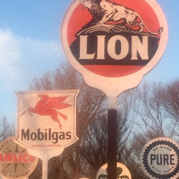 Lion on the Rock sign - Signs