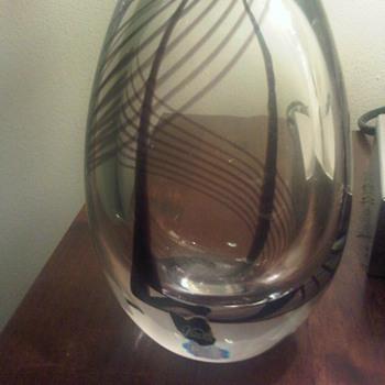 Classic Vicke Lindstrand striped vase - Art Glass