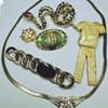 Lots of Vintage jewelery