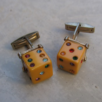 Lucky 7 bakelite cufflinks - Costume Jewelry