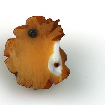Broken carved bakelite rose brooch shows original color! - Costume Jewelry