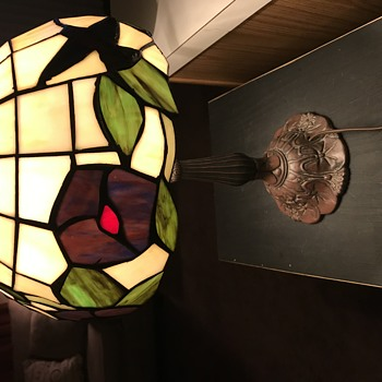 Is this a real Tiffany lamp? - Lamps