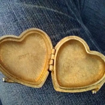 My vintage heart box by givenchy - Costume Jewelry