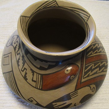Love This Piece - Anybody Know Its Origin? - Pottery