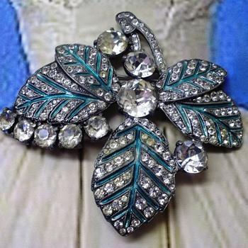 Eisenberg Original Brooch - Costume Jewelry