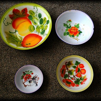 Vintage Enamelware Basins - Assorted Sizes ( For FORT )  - Kitchen