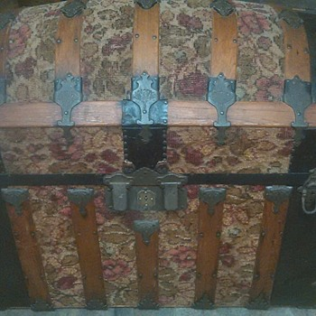 1885 Tapestry trunk I picked up in Venice Fl - Furniture