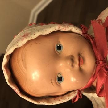 Effanbee Baby Dainty - Dolls