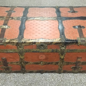 Early 1900's Langmuir trunk ? - Furniture
