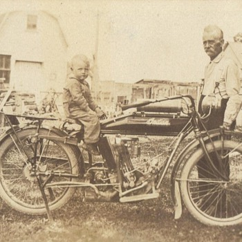 MORE INDIANS - Motorcycles