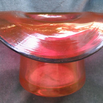 Top hat with polished pontil?  - Art Glass