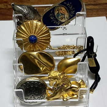 Estee Lauder and others solid perfume compacts collected over the years! - Accessories
