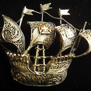 Very Fine Vermeil Handmade Filegree Sailing Ship brooch - Fine Jewelry