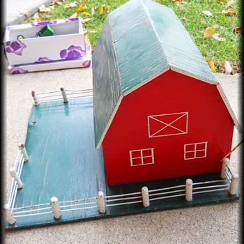 Old Folk Art BARN - Toy - Folk Art