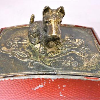 Vintage Cigarette Box - Animals