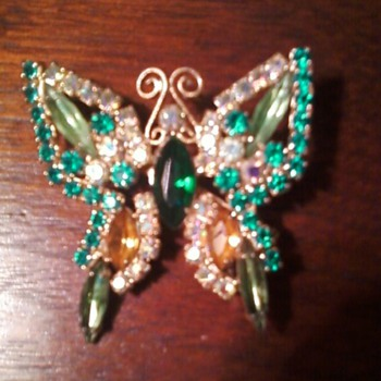 Unsigned Butterfly Pin - Costume Jewelry