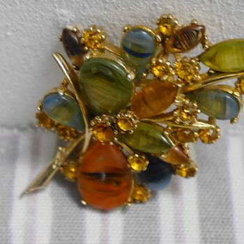 Costume jewellery vintage brooch - Costume Jewelry