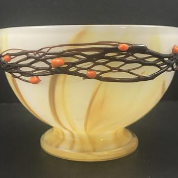 """Loetz """"Ausführung 26"""" Glass bowl, PN II-4880, ca. 1907 - Art Glass"""