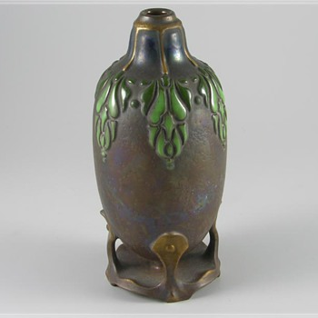 Vase by Ernst Wahliss - Pottery