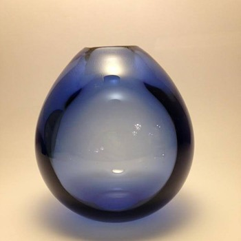 Holmegaard: Drop vase - Art Glass