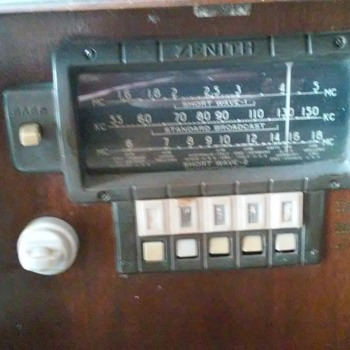 old zenith radio about 1940