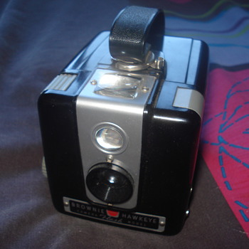 Brownie Hawkeye Flash Model Camera